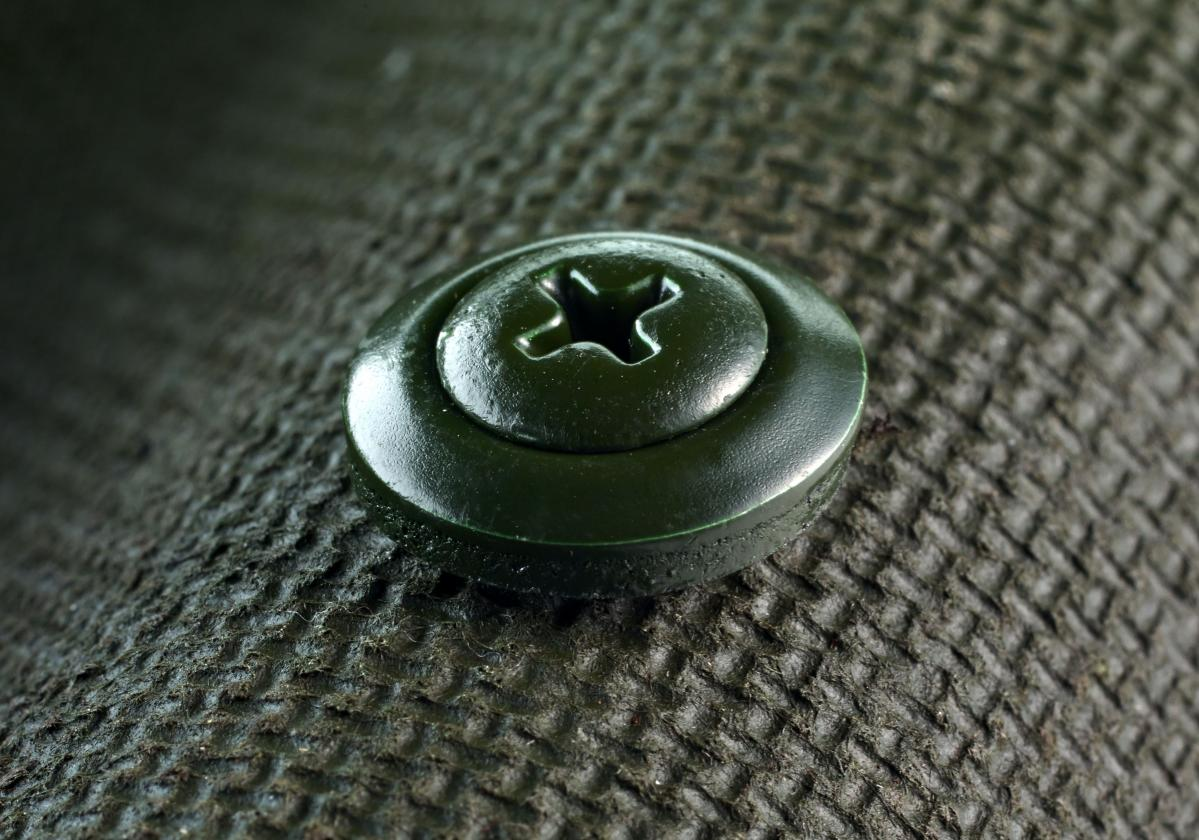 Onduline Classic Green with screw close up